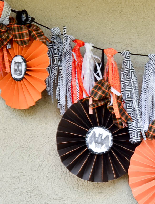 A rag tassel garland tutorial with free printable